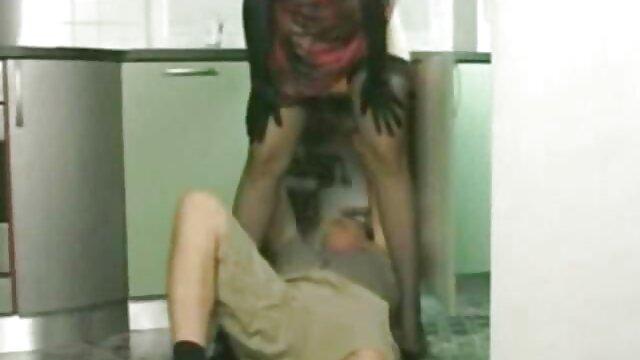 Yanks Ebony Natalia incesto xxx mexicanas Johnson arregla su vibrador