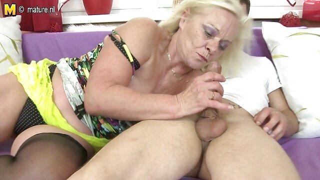 La tía Betty es ver peliculas de insesto una puta