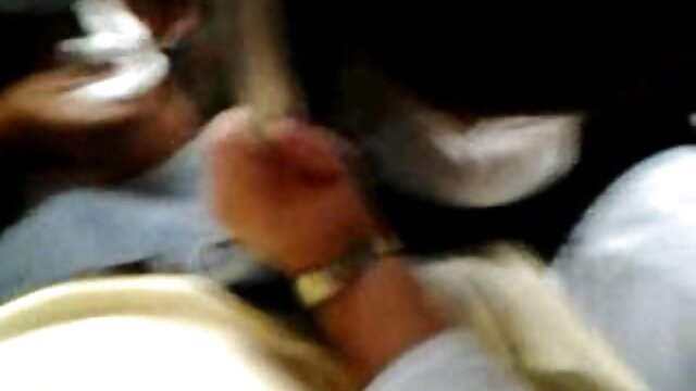 Rubia caliente xxx incesto hd Catania folla en la camilla de masajes
