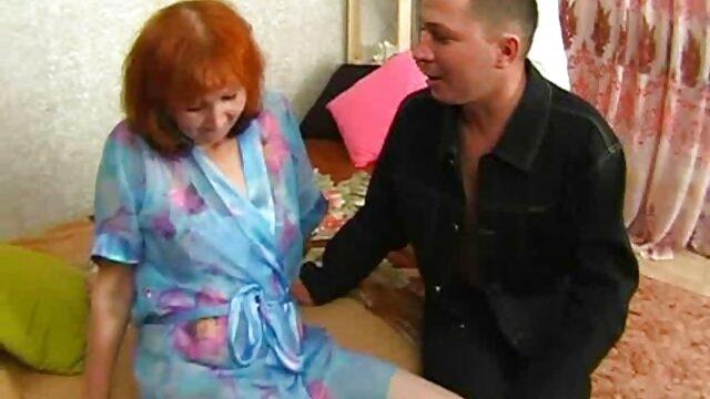 Estrella porno caliente peliculas de incesto eroticas follando una gran polla