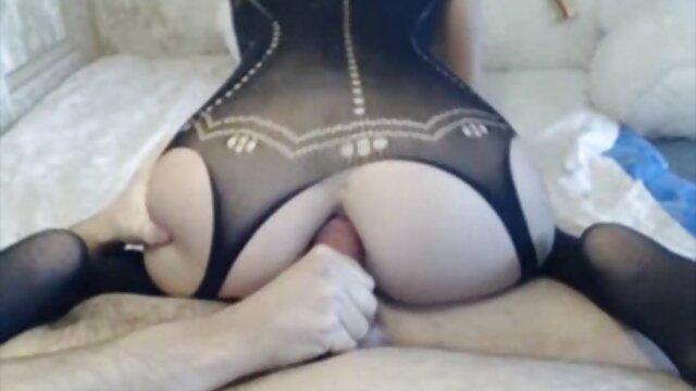 Mofos - Recogidas en público - Zuzana - porno incesto real madre e hijo El enfoque directo