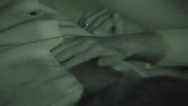 La noob xxx incesto madre apretada Alina West es follada